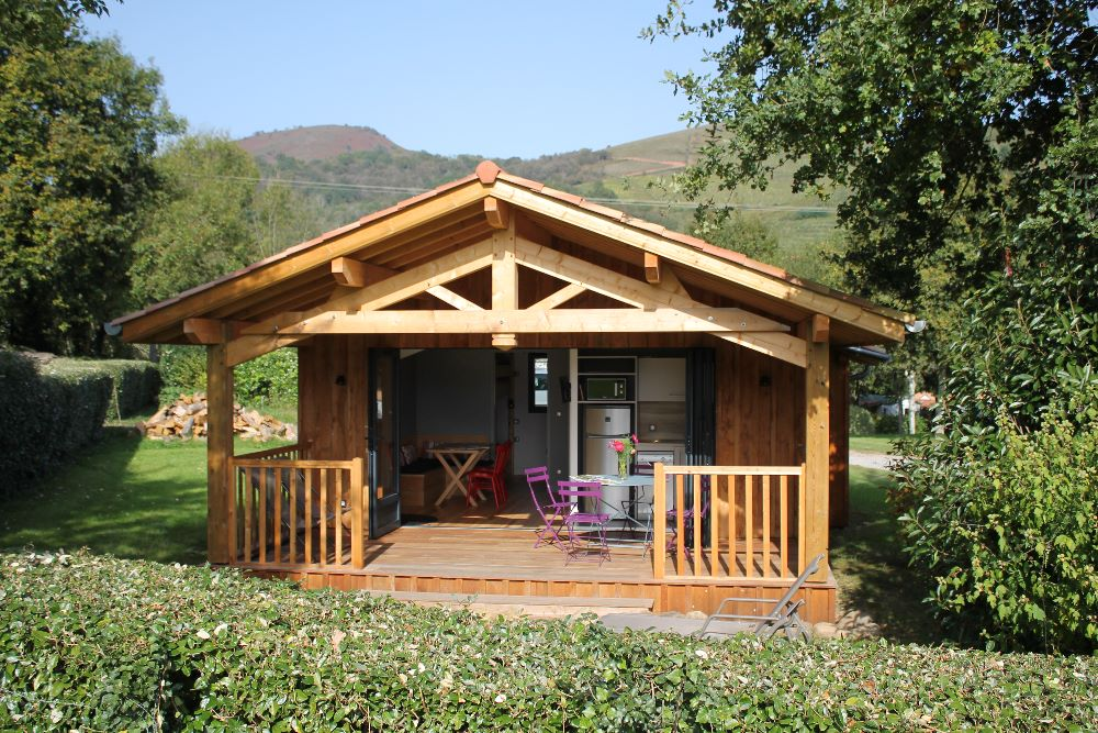 location eco cabanes pays basque camping narbaitz. Black Bedroom Furniture Sets. Home Design Ideas
